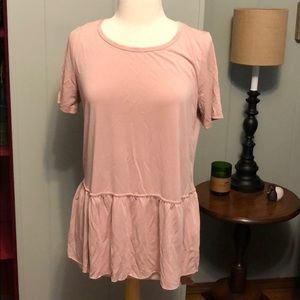 Tops - Pink high low peplum hem tee